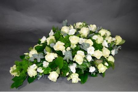 Rouwarrangement 'White roses'