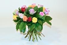 Boeket gemengde rozen kleurrijk