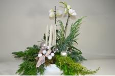 Kerststuk met orchidee